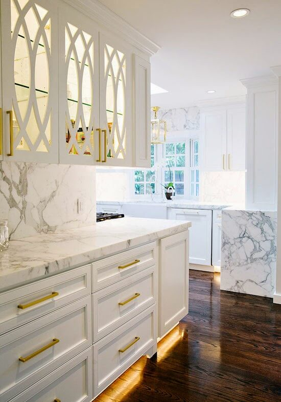 Style Stalking | Best White Kitchen Cabinet Decor Ideas