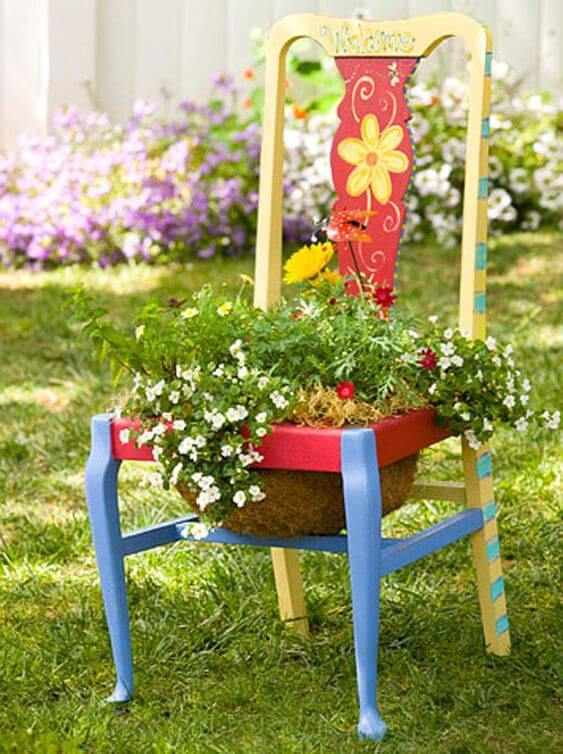 Recycled flower chair | Creative Upcycled DIY Chair Planter Ideas For Your Garden