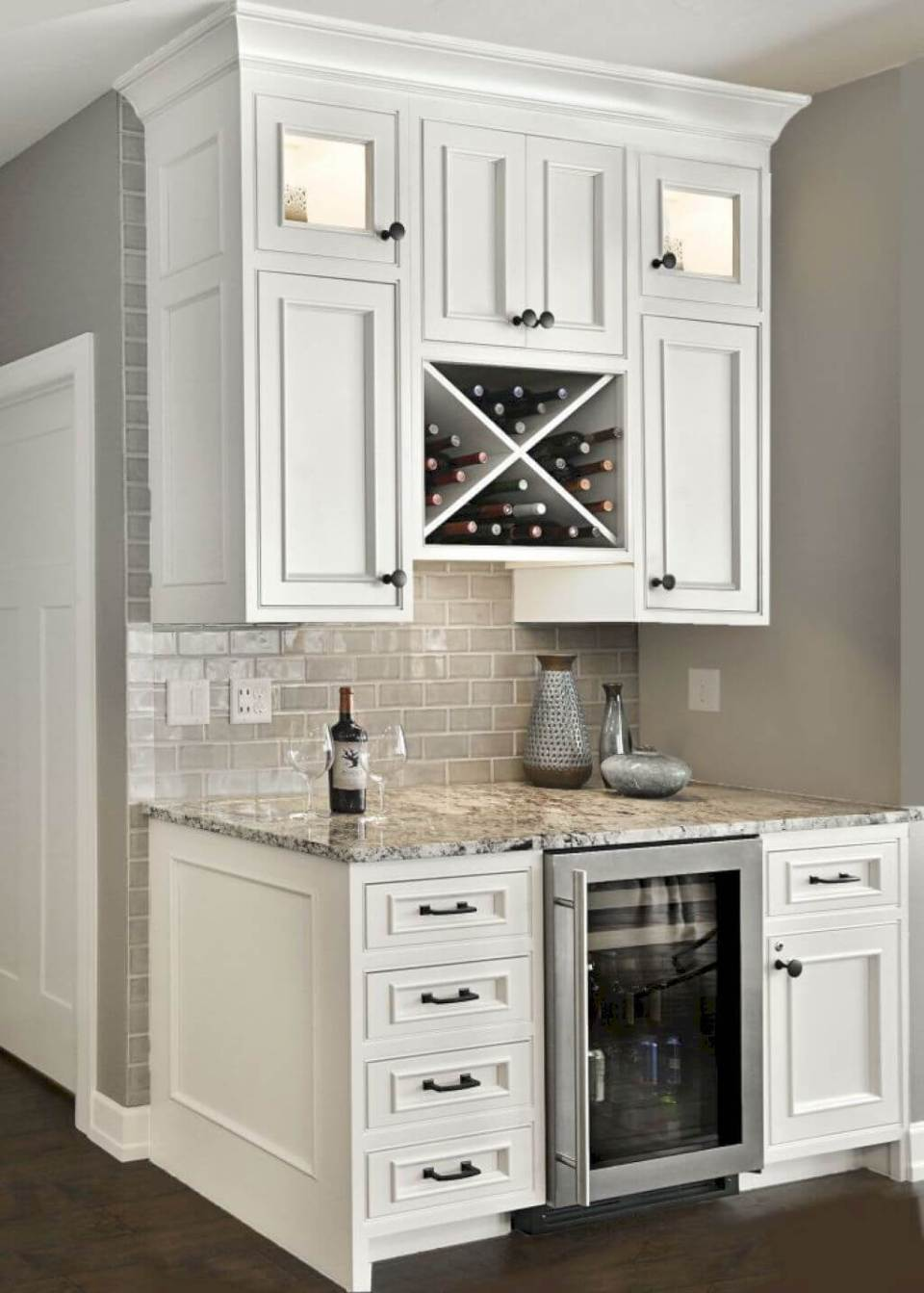 White Kitchen Cabinet Design | Best White Kitchen Cabinet Decor Ideas