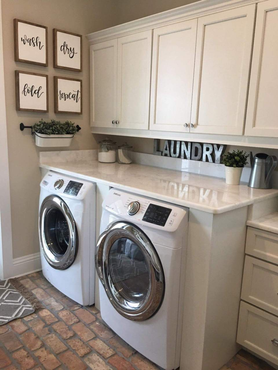 DIY Farmhouse Laundry Room Ideas: Wash Dry Fold Repeat Signs