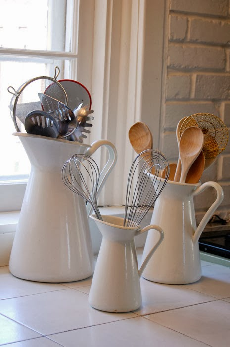 Ceramic jars for storing kitchenware
