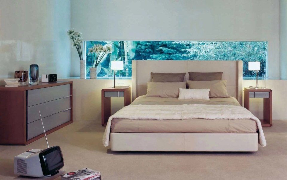 Room with neutral colors