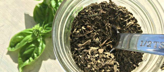 How to Dry Herbs (Premium)