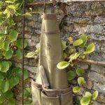Esschert-Design-USA-4052-Secrets-du-Potager-Short-Nubuck-Cotton-Garden-Apron-Olive-Leaf-Color-0-0