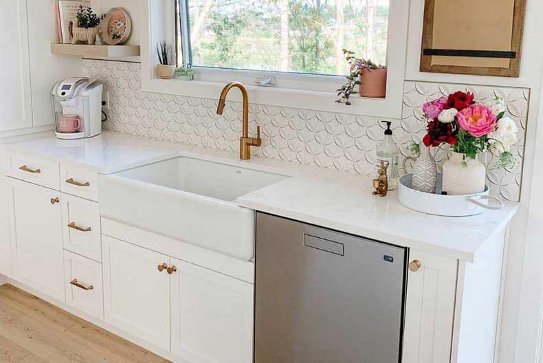 best tile backsplash for farmhouse