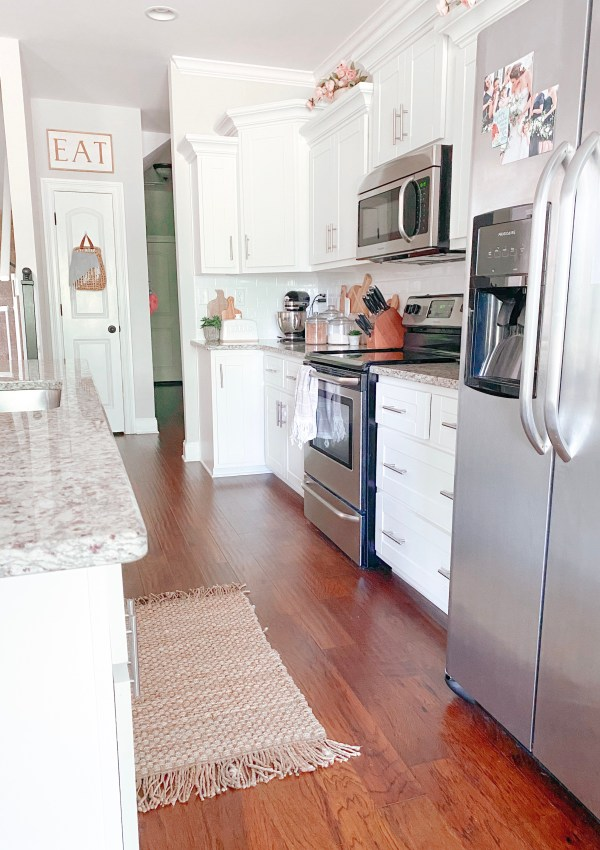 Farmhouse Kitchen Decor To Style Your Home On A Budget