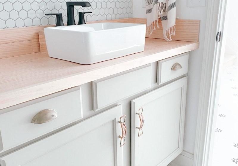 Farmhouseish - DIY Wooden Countertop