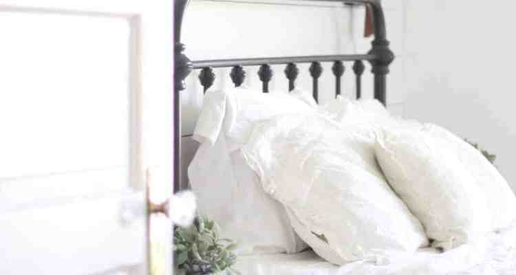 A Farmhouse Bedroom Makeover- Part 4 Lamps and Nightstands