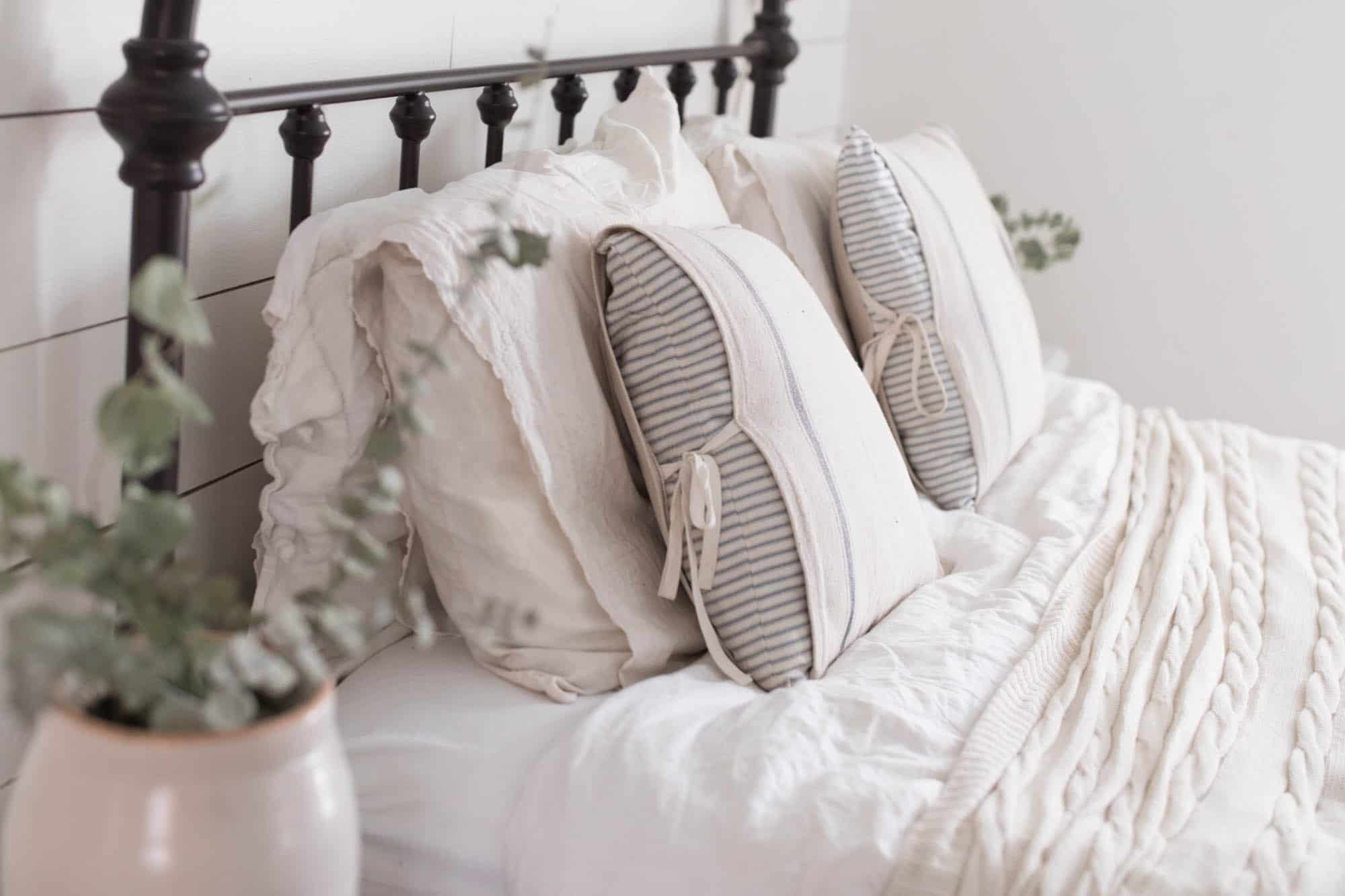 Simple Farmhouse Pillow Covers