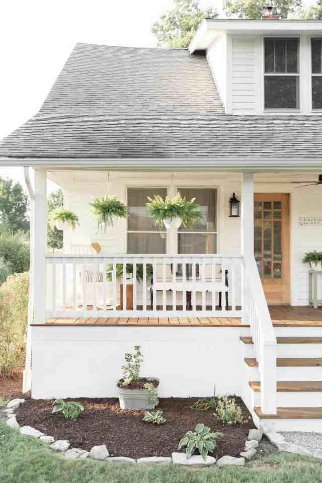 Farmhouse Porch Curb Appeal Makeover Reveal Farmhouse On Boone