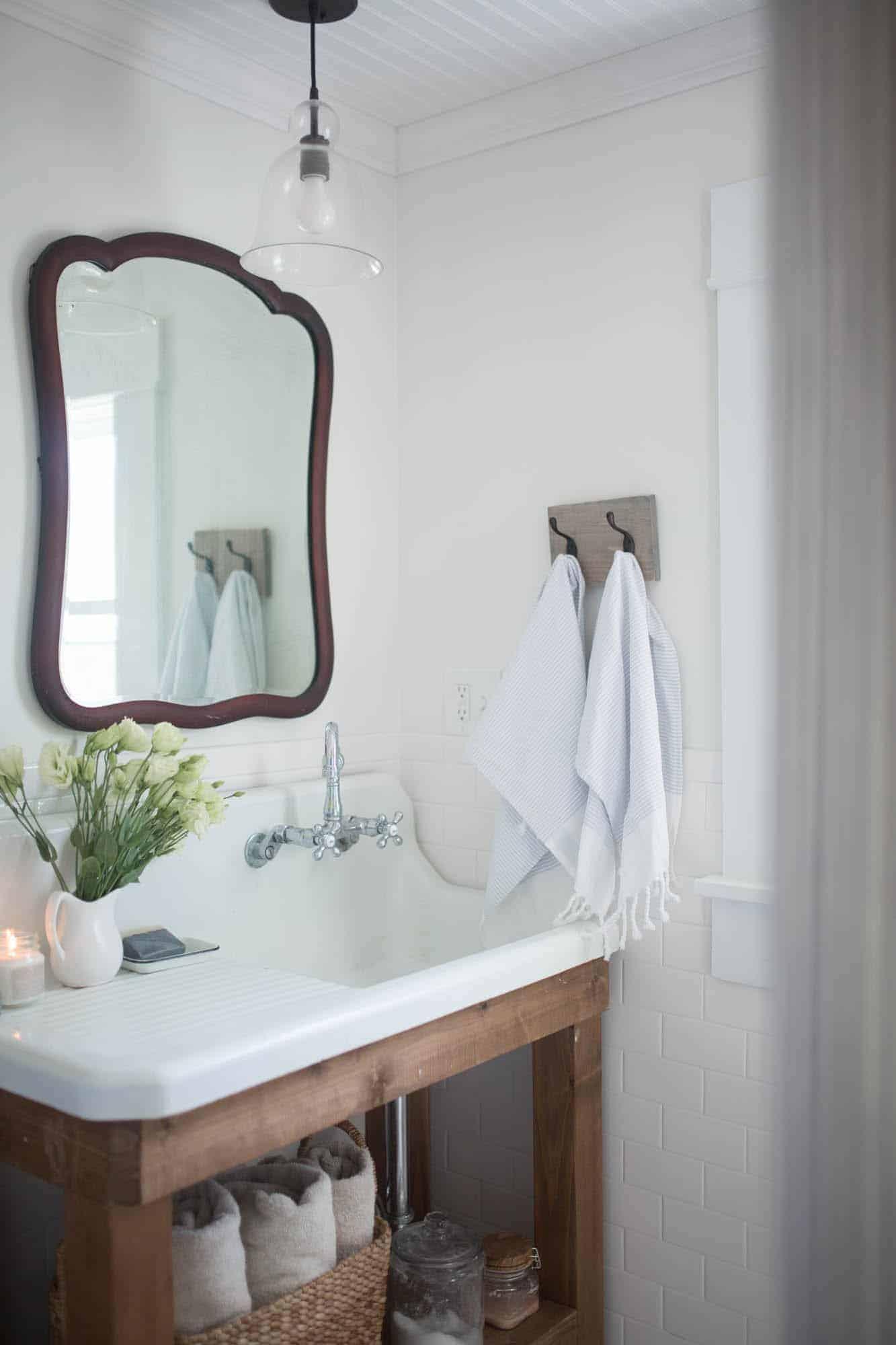 Farmhouse Bathroom Decor - Farmhouse on Boone on Farmhouse Bathroom  id=24188