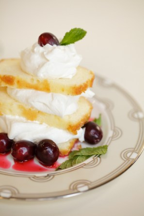 Angel Food Cake with Crème Chantilly and Cranberry Compote