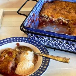 Strawberry Rhubarb Cobbler with ice cream
