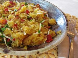 Low carb spaghetti squash with sun dried tomatoes in a bowl