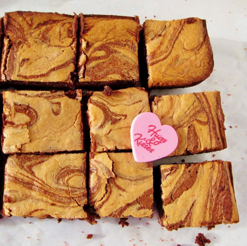 Low carb raspberry cheesecake brownies