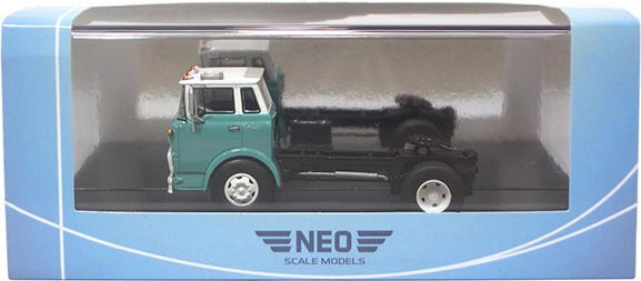 1:64th Scale 1960 Chevrolet Steel Tilt Cab Road Tractor in Package