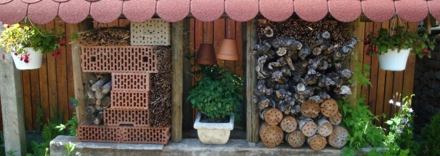 insect hotel-recycled yard waste