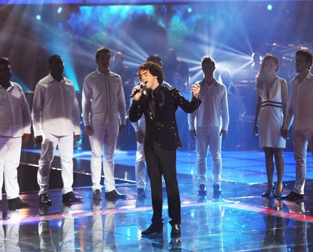 """Sam Alves e sua versão bilíngue de """"Hallelujah"""", de Leonard Cohen - Fotos The Voice Brasil/TV Globo"""
