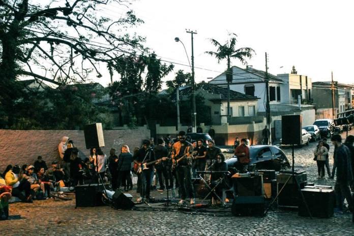 Show dos Molinas y los Cósmicos em Pelotas (RS) - Foto: Facebook - 19-5-2014