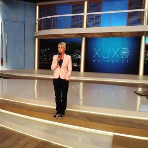 Apresentadora Xuxa, em seu programa na TV Record - Foto: Facebook