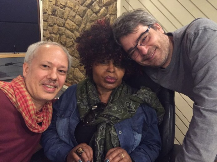 Beto, Elza Soares e Andrucha Waddington