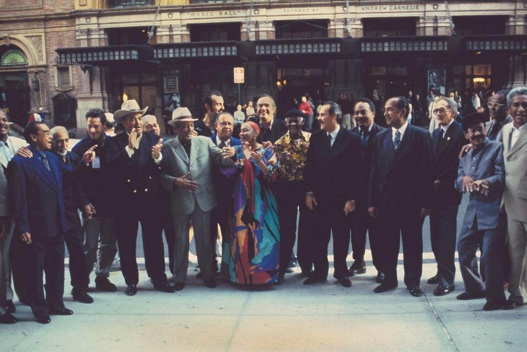 O supergrupo Buena Vista Social Club no Carnegie Hall. Foto: Ebet Roberts/ Divulgação
