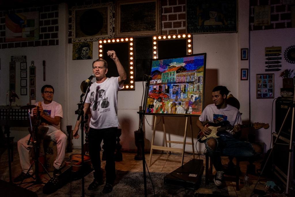 Homenageado da Turma do Quinto ano que vem, Josias Sobrinho durante a live de lançamento do disco coletivo