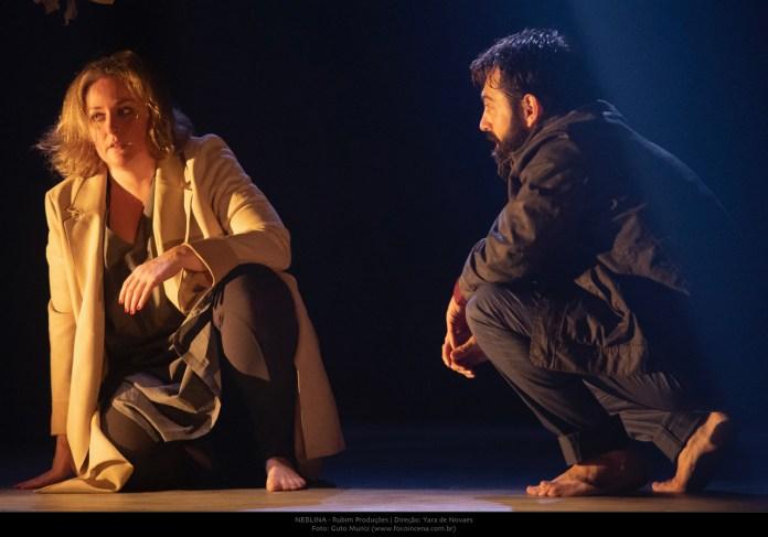Yara de Novaes, com a peça Neblina