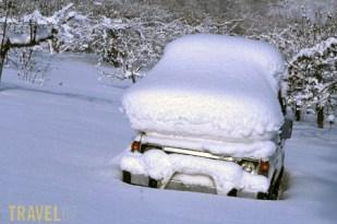 A snow car (www.lamyjapan.com)