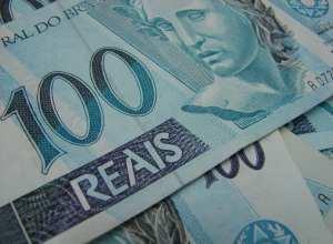 Notas de 100 reais - foto da Agência Brasil