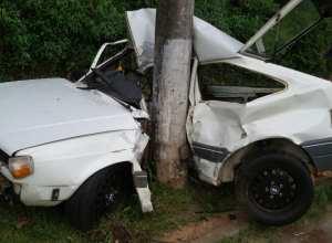 Acidente deixa motorista em estado grave (Airton Blau)