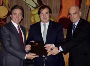 Presidentes do Senado e da Câmara recebem anteprojeto do ministro Alexandre Moraes (Wilson Dias/Agência Brasil)