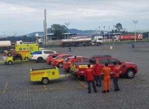 Bombeiros voluntários de Santa Catarina a caminho de Minas Gerais