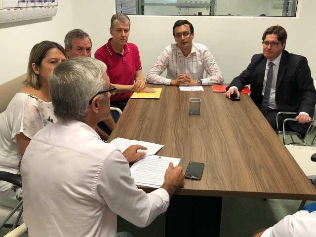 O prefeito de Indaial, André Moser detemrina intervenção no Hospital Beatriz Ramos
