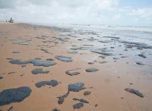 Derramamento de óleo atingiu 250 praias nordestinas brasileiras - Adema/Governo de Sergipe
