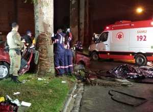 Veículo após colisão - foto do Samu