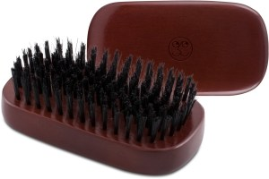 Esquire Grooming Brush 2 300x200 - ESQUIRE