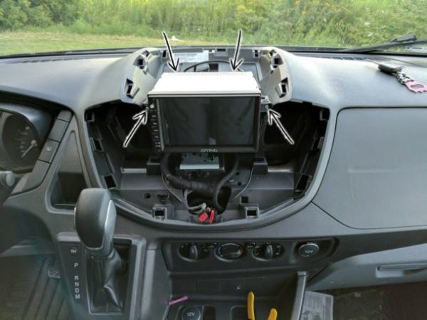 Ford-Transit-Radio-Upgrade-DDIN-Joying-Android-(24)