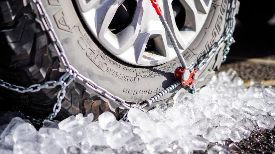 Thule-Konig-XG-12-PRO-Snow-Chains-Review-2