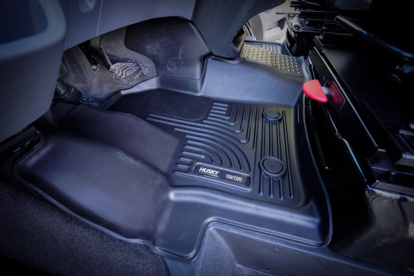 Husky Floor Mats Liners Ford Transit (4 of 4)