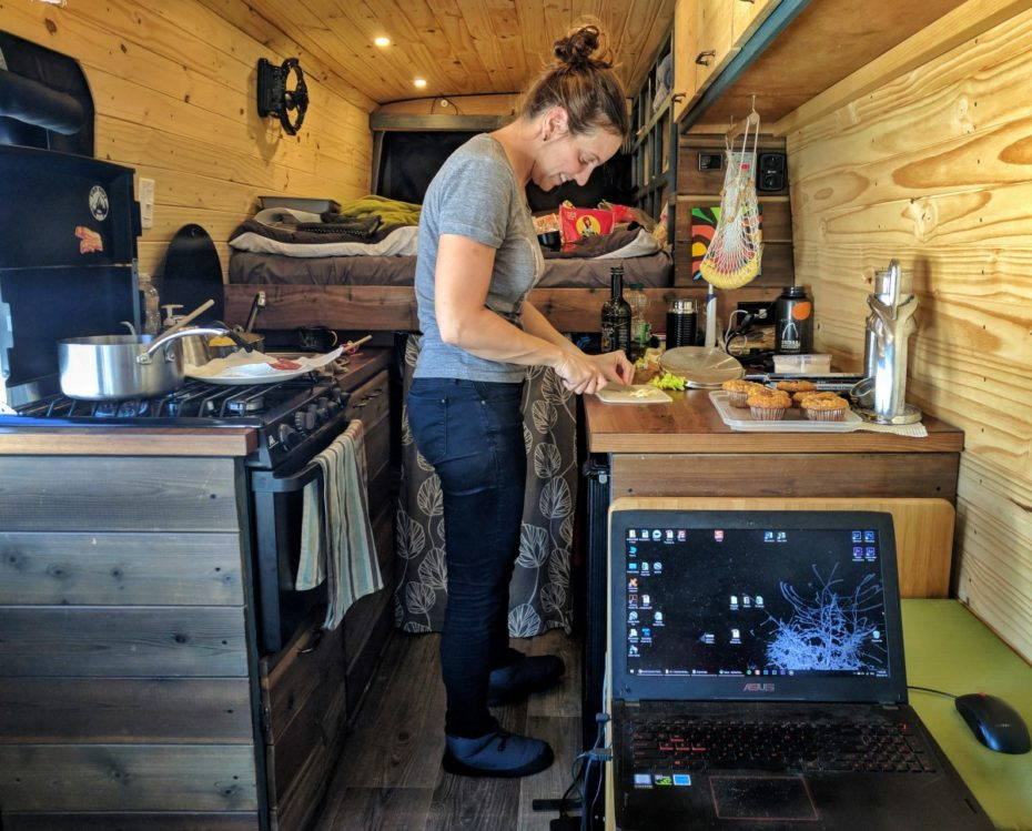 Winter Vanlife Cooking