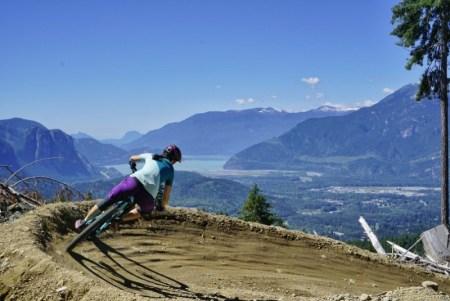 Assurance voyage médicale québécois à l'étranger, vélo de montagne