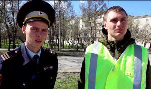 Инспектор ДПС Илья Кораблев и стажёр Иван Коваль