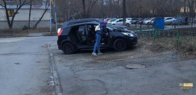 Зачем автоворы Екатеринбурга снимают двери с Hyundai Solaris и как быть владельцам