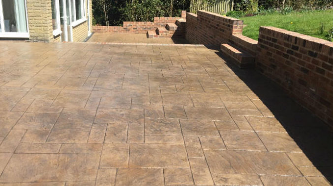 pattern imprinted concrete patio