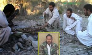تصویر منتشر شده از سوی سازمان جیش العدل که سربازهای گروگان گرفته شده را در حال پختن کباب نشان میدهد.