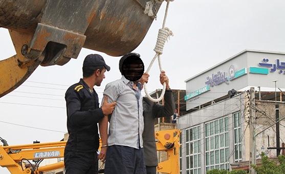 ادامه اعدامها در استانه نوروز - اعدام دو زندانی در ملاء عام در جیرفت - تصویر