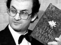 آکادمی نوبل  پس از ۲۷ سال سکوت فتوای قتل سلمان رشدی را محکوم کرد