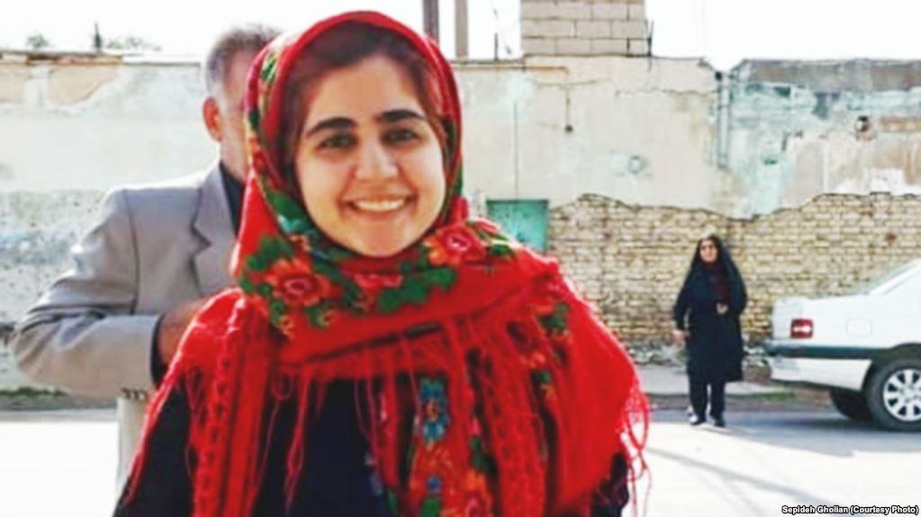 پدر سپیده قلیان: حکم بازداشت نشان ندادند و ما را زدند