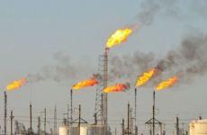 دانش نفت: نفت ایران زیر فشار